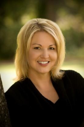 g. Elisabeth Naughton, author of STOLEN HEAT (Aug.)